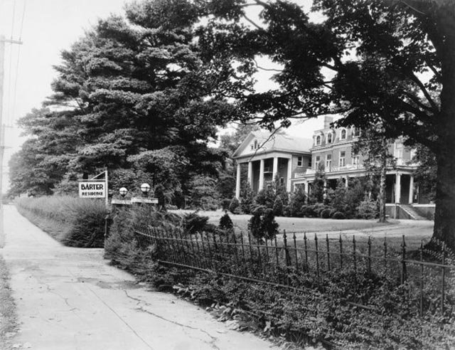 Martha Washington Inn