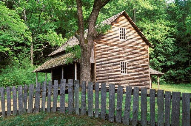 phoca_thumb_l_cades-cove-cabin.jpg