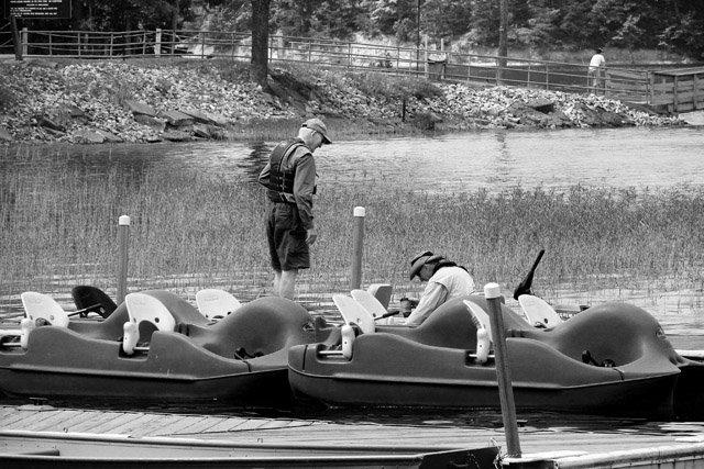 phoca_thumb_l_Carvins-Cove-Paddle-Boats.JPG