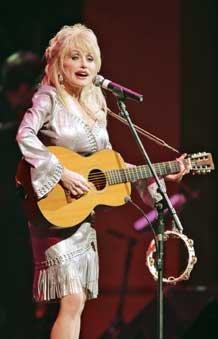 dolly-parton-onstage