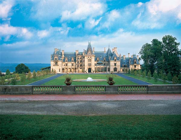 The History Channel Club Makes Note Of Biltmore Estate