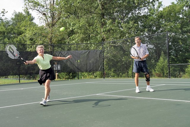 Tennis at Cummings Cove