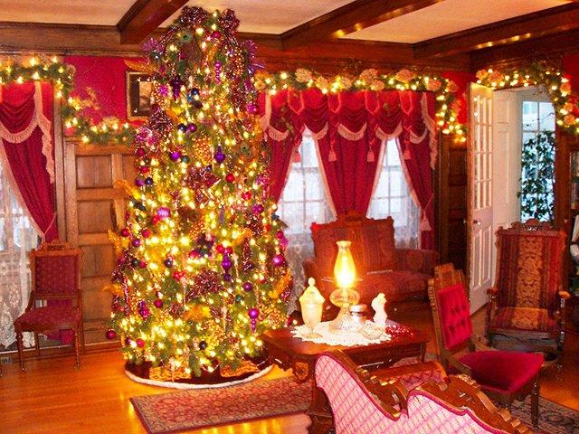 Bramwell Christmas Tour of Historic Homes   Blue Ridge Country