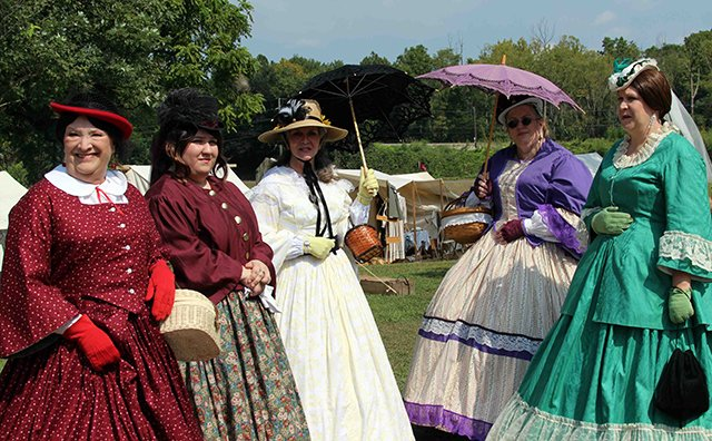 Historians Ladies of Distinction at the Battle of Tunnel Hill