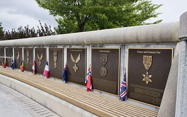 The memorial honors the American and Allied Forces.