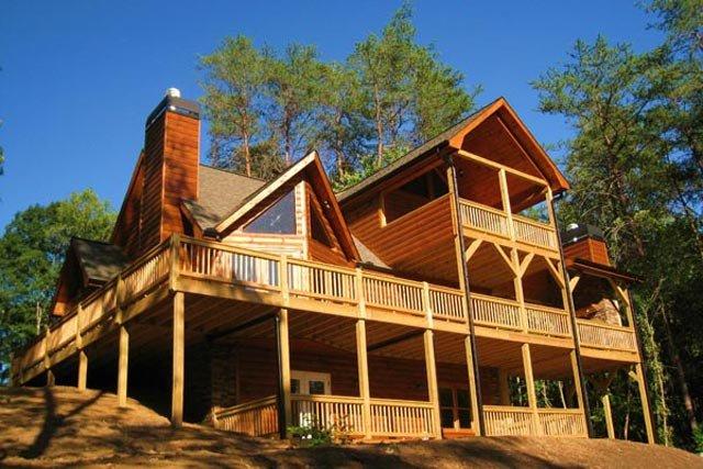 Mountain top cabin rentals in georgia for Blue ridge mountain tennessee cabin rentals