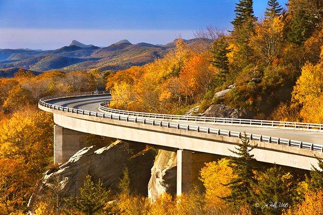 Linville-Viaduct-(Zen-8769)-copy.jpg