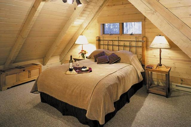 Savage River Lodge Bedroom