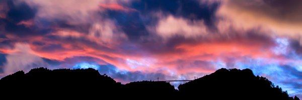 Colors-over-the-Bridge-(9841).jpg