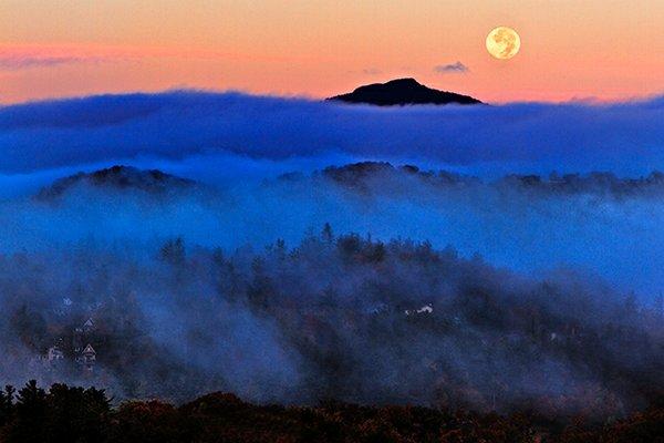 Harvest-Moon-(4055).jpg