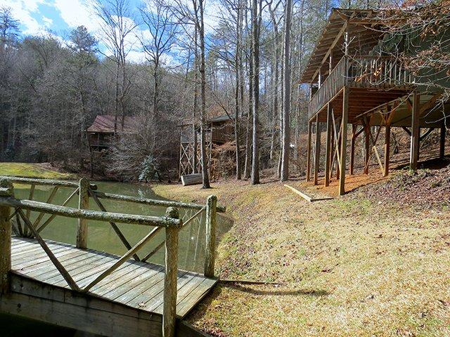 Cavender-Lake-Bridge-&-Cabins.jpg