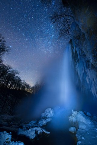 falling_spring_falls_night_097305.jpg