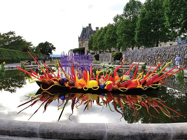 Chihuly-sculpture-at-Biltmore.jpg