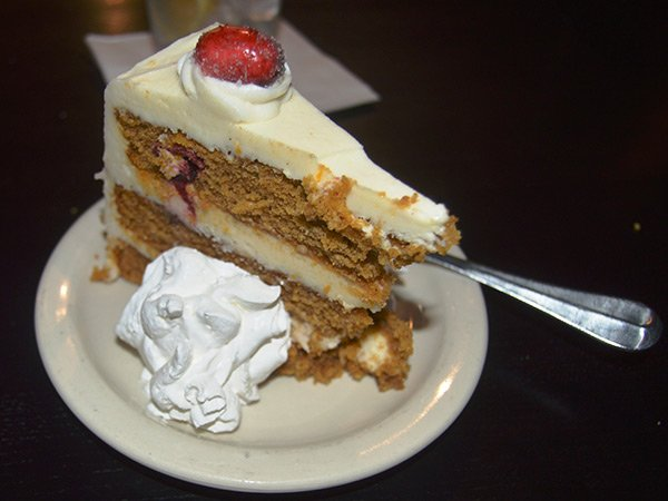 photo6---dessert-at-main-street-grill-in-Staunton.jpg