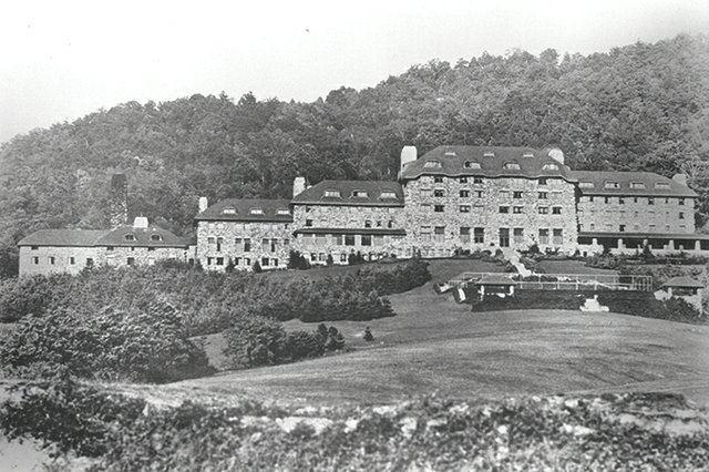 Black and white photo of Asheville, North Carolina's Grove Park Inn Hotel | Blue Ridge Country