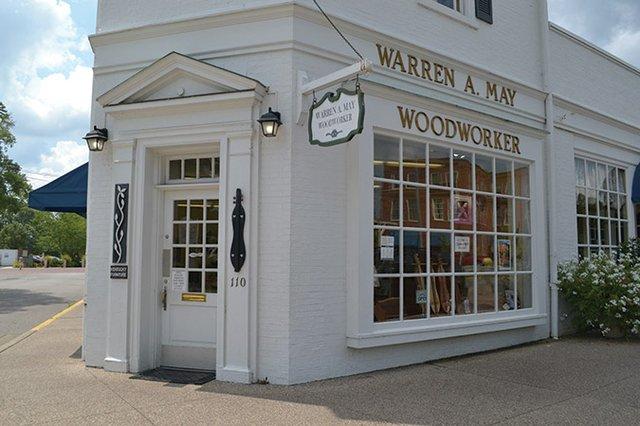 Dulcimer-woodworker-(12)---Warren-May-of-Berea-KY---photo-by-Angela-Minor.jpg