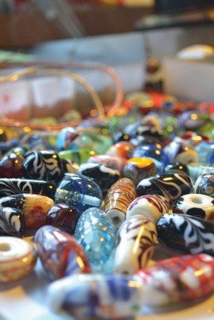 Glass-artist-(11)---Kimberley-Adams-of-Tiger-GA---photo-by-Angela-Minor.jpg