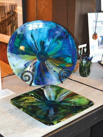 Glass-artist-(17)---Kimberley-Adams-of-Tiger-GA---photo-by-Angela-Minor.jpg