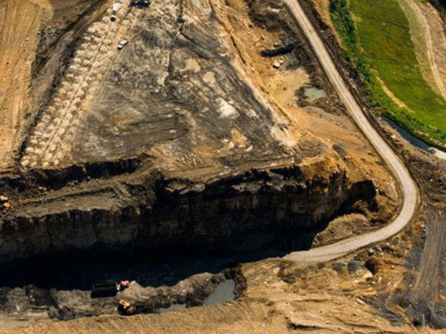 mountaintop removal essay Free essay: additionally, the damage has already been done to the mountain and nearby streams, and thereby the reclamation process is only performed in an.