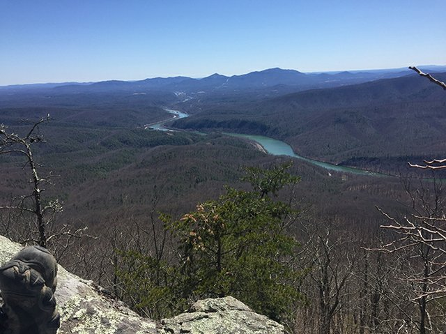 The view from Fullers Rocks onto the James River and, beyond on the horizon, Apple Orchard Mountain.