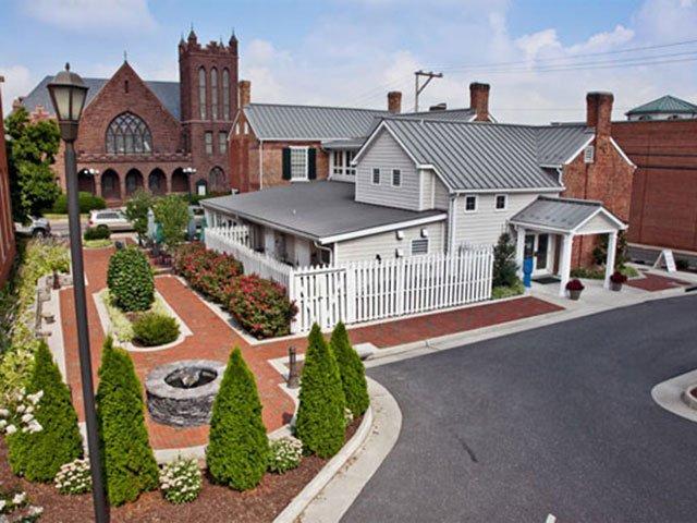 The Hardesty-Higgins House
