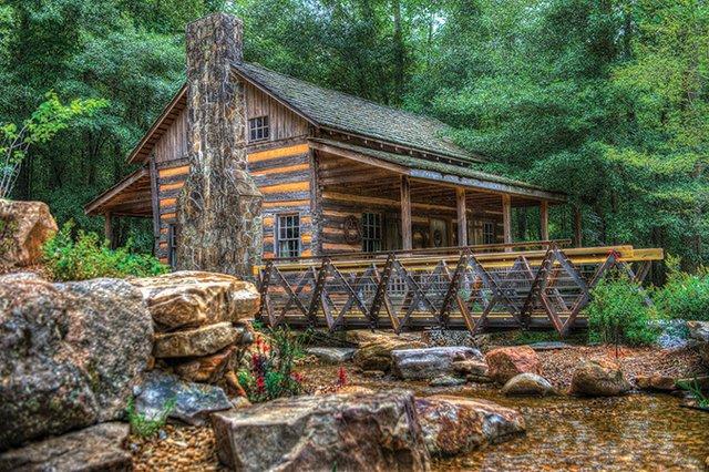 The-Hunt-Cabin---SC-Botanical-ClemsonUniversity.jpg