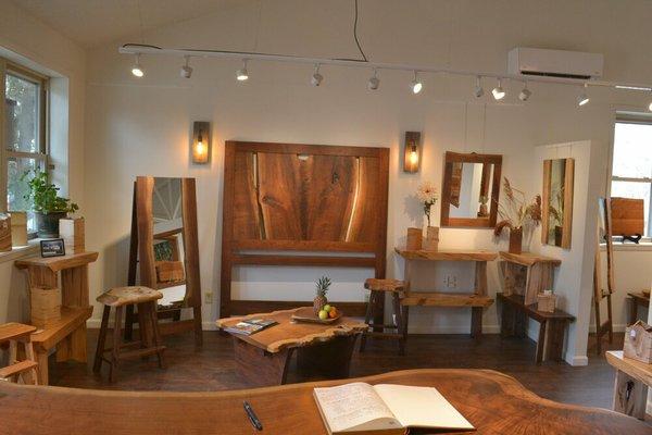 Shop FLoyd VA phoenix hardwoods 4 2020.JPG