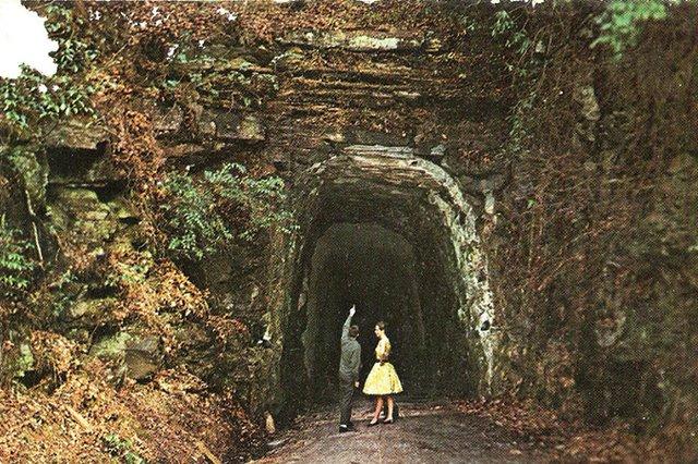Tunnel-Post-Card-2.jpg