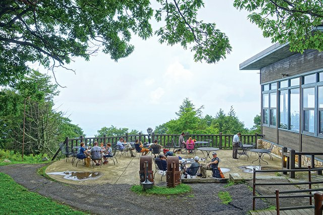 Skyland_Resort-wikimedia.jpg
