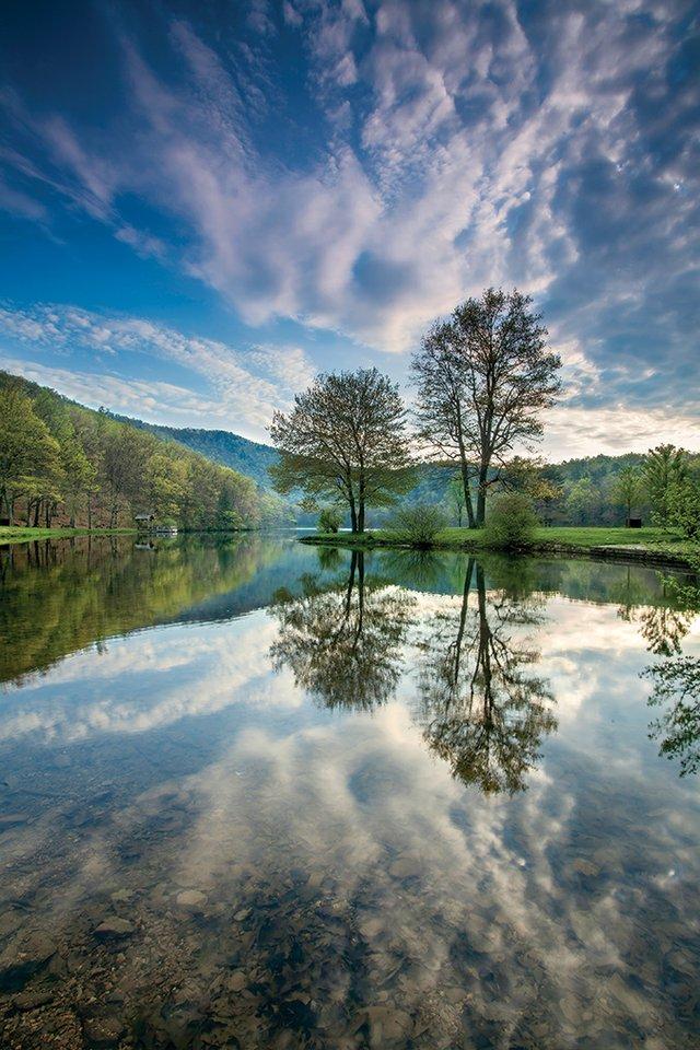 Sherando-Lake-Spring-Sunrise-Brent-McGuirt-BRC.jpg