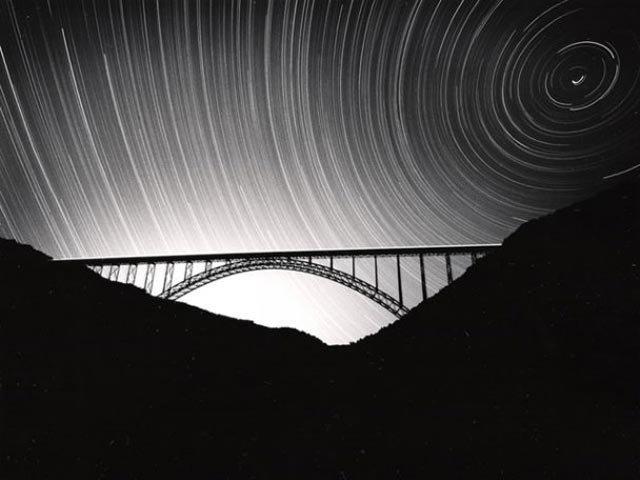 phoca_thumb_l_new-river-bridge-stars2.jpg